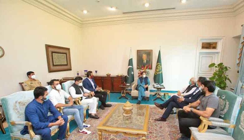 وزیراعظم کی کھلاڑیوں، کرکٹ بورڈ کے عہدیداروں سے ملاقات کی اندرونی کہانی