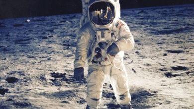 Photo of چاند کی سطح پر پانی کے نئے ذخائر کی تصدیق، انسانی بستیاں بسانا آسان ہو گیا